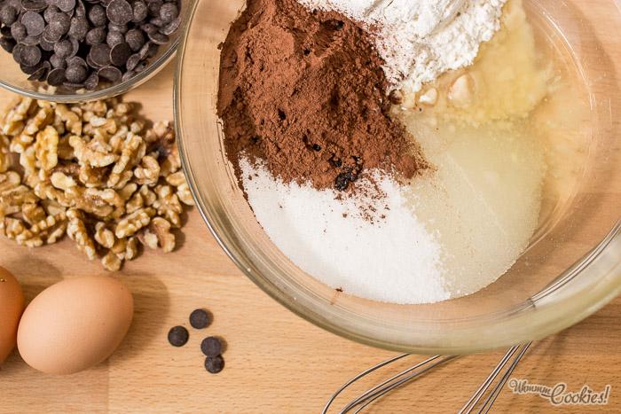 Receta del brownie de chocolate y nueces exprés en 10 minutos