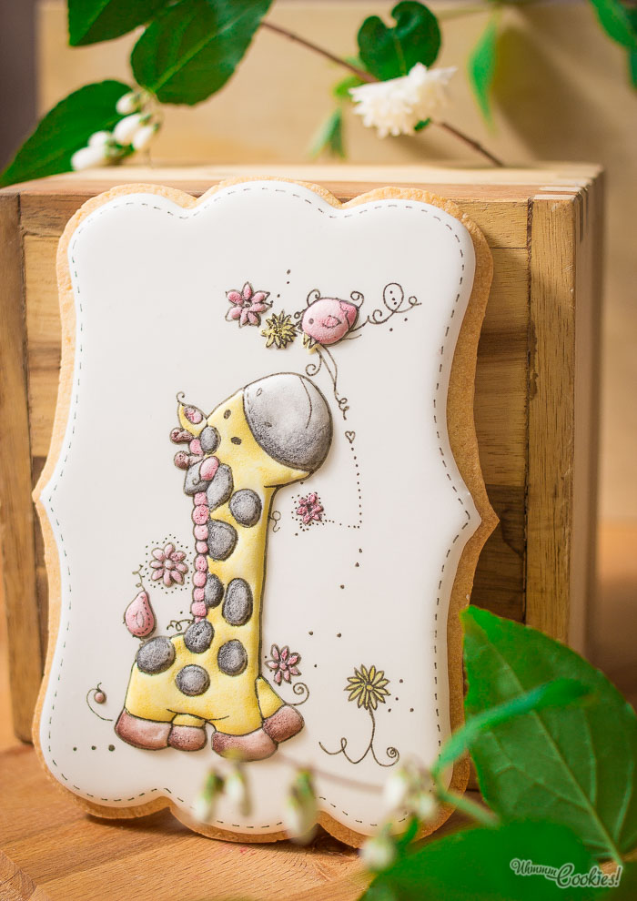 Los relieves y las formas se elaboran con manga pastelera, precisión quirúrgica, imaginación y amor.