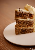 CRUNCHY SMOOTH CARROT CAKE